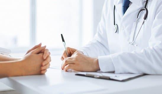 Bei Fragen zur Haartransplantation bei der Cosmedica Clininc