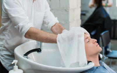 Haarwäsche nach Haartransplantation