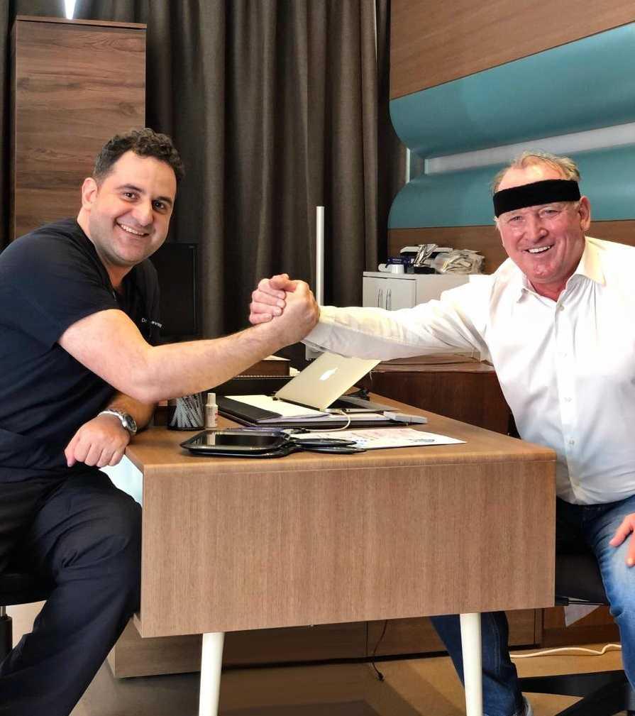 Dr.Acar und Andreas Brehme - Haartransplantation Istanbul