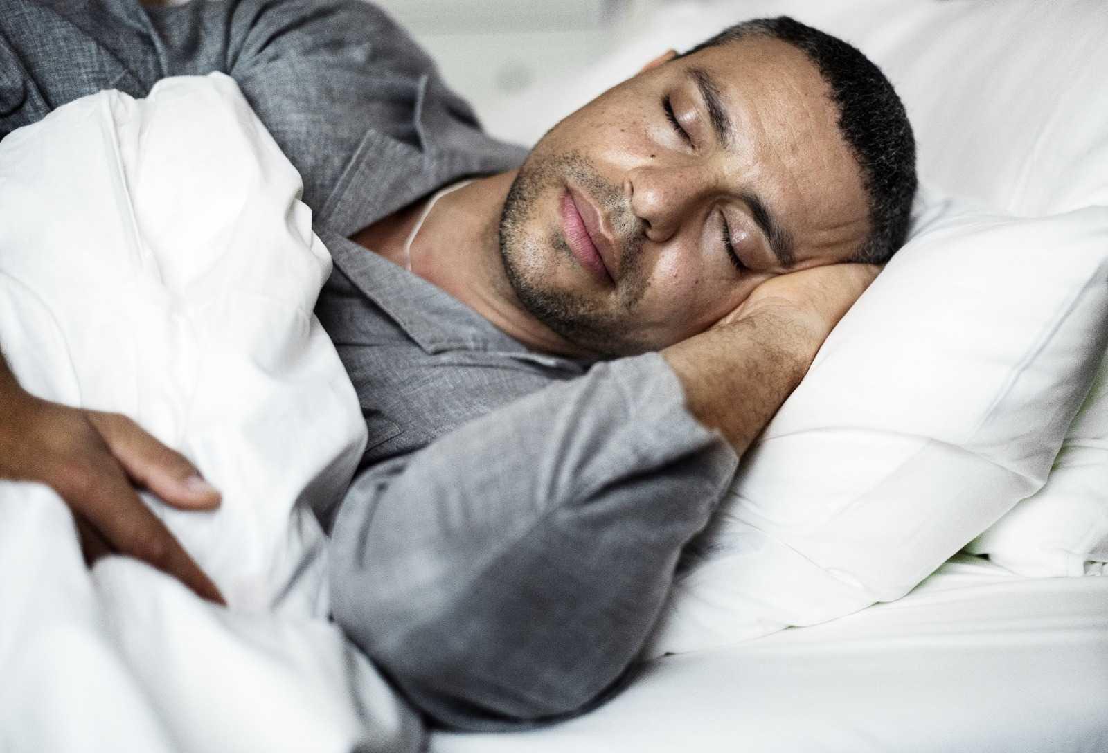 Nach Haartransplantation Schlafen