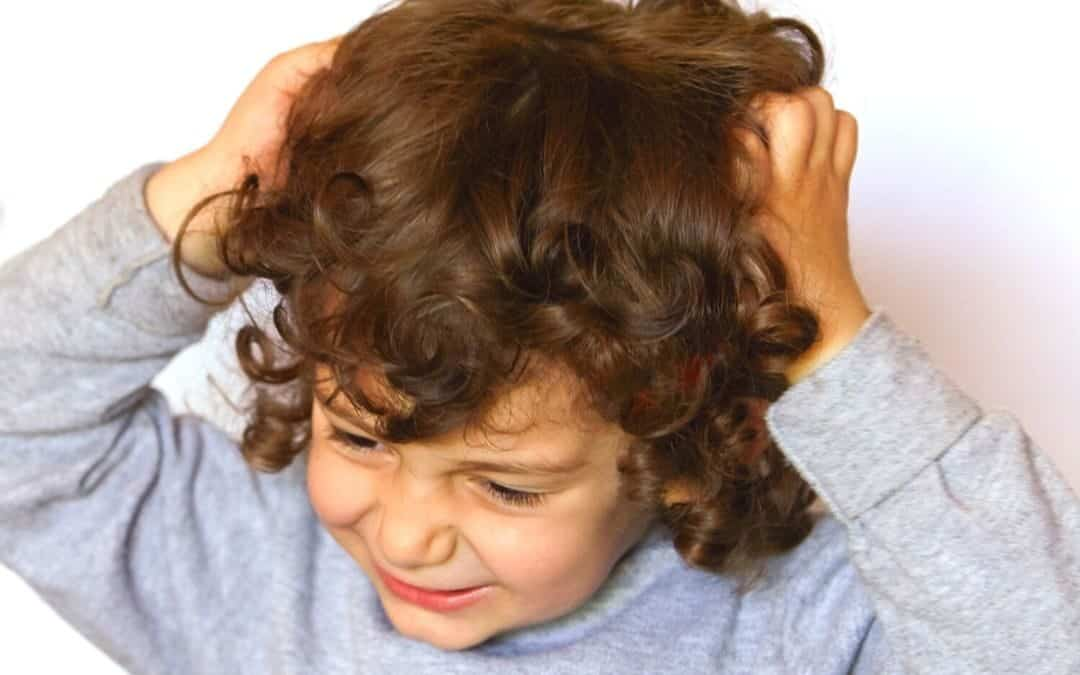 5 Ursachen für Haarausfall bei Kindern